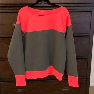 NWOT, Thick/SOFT Athleta sweatshirt!
